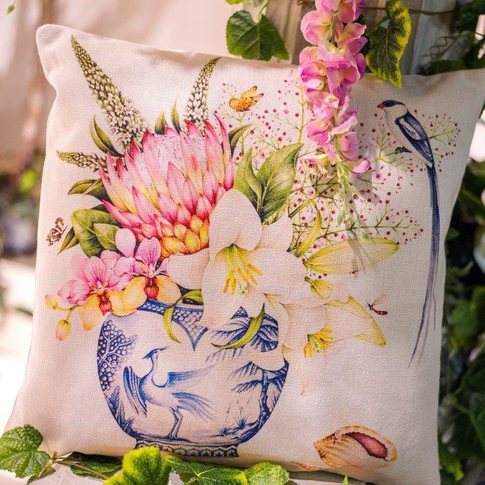 Интерьерная подушка Мечты в розовом