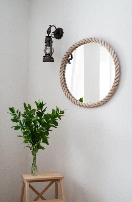 Настенное зеркало круглое в белом канате
