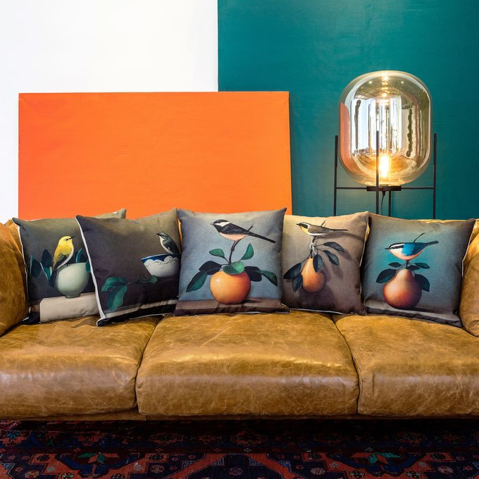 Интерьерная подушка Мистер Грушев бирюзового цвета