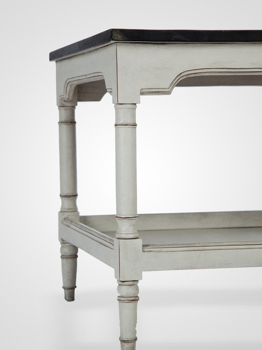 Столик (тумба) с нижней полочкой