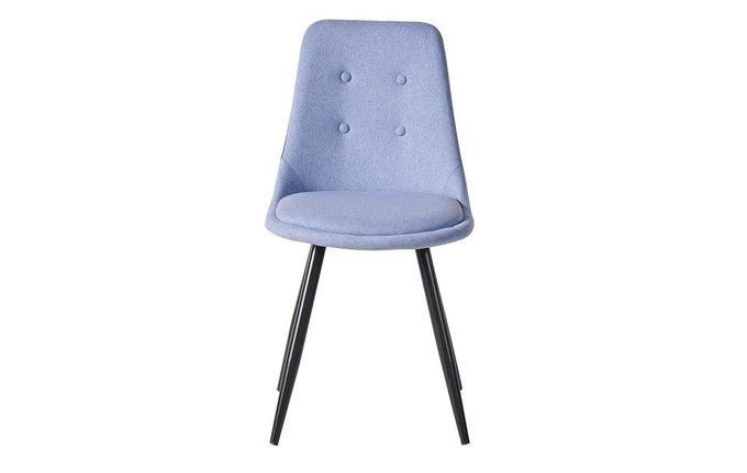 Стул с металлическими ножками синего цвета