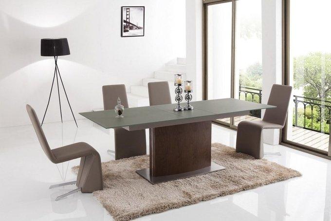 Прямоугольный обеденный стол цвета темный орех