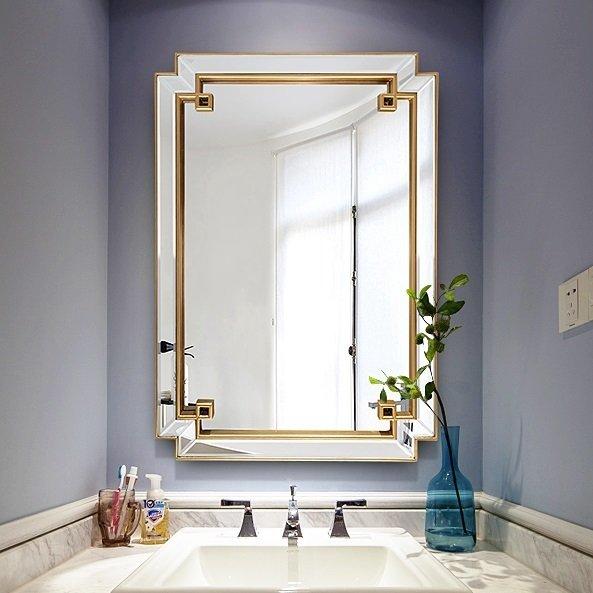 Настенное зеркало в раме York Gold