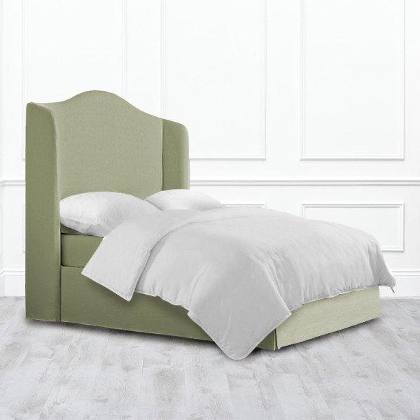 Кровать Cedar из массива с обивкой зеленого цвета