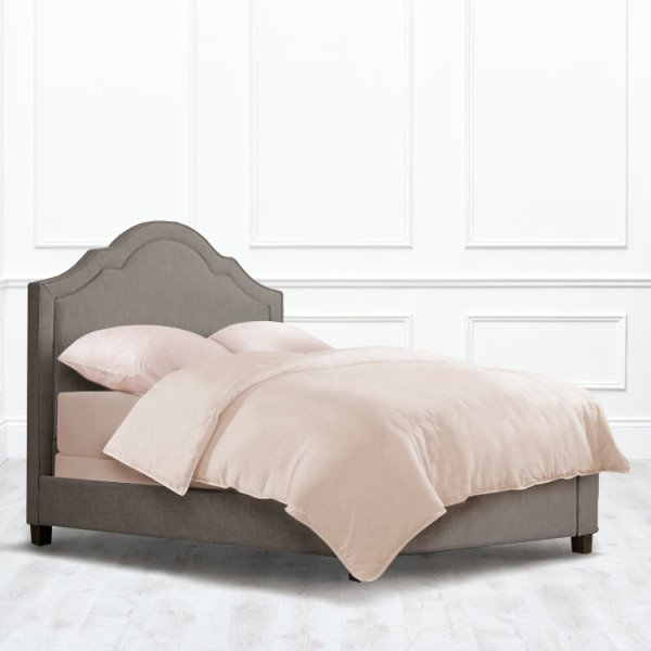 Кровать Harmony из массива с обивкой серо-коричневого цвета