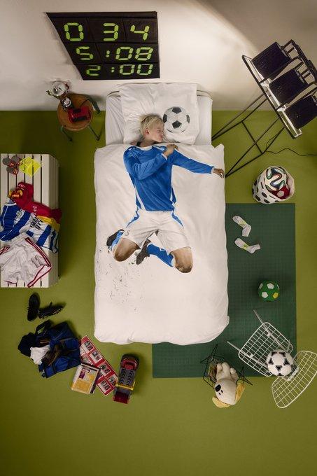 Комплект постельного белья Футболист синий 150х200