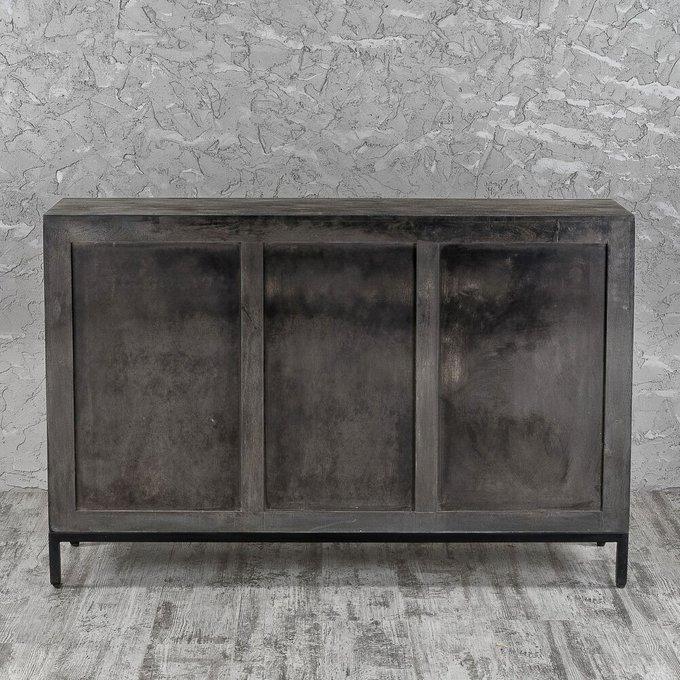 Комод с тремя ящиками серого цвета