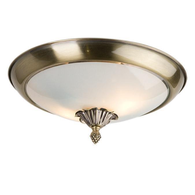 Потолочный светильник белого цвета