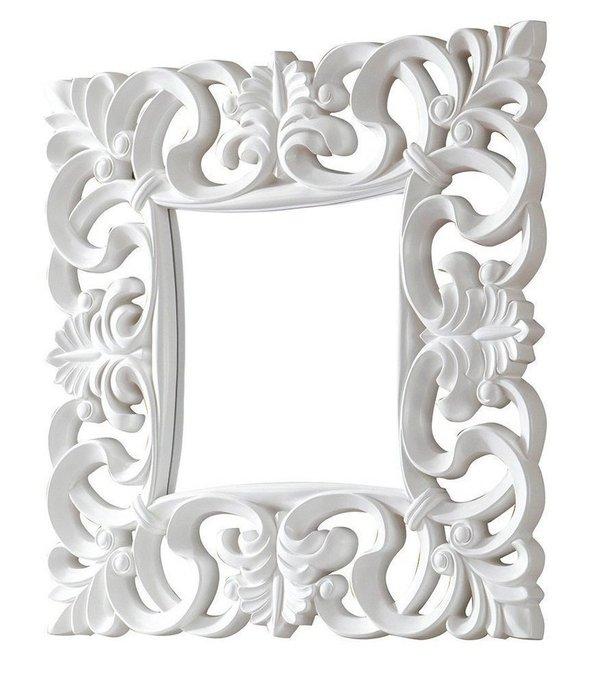 Настенное зеркало Dupen в раме белого цвета
