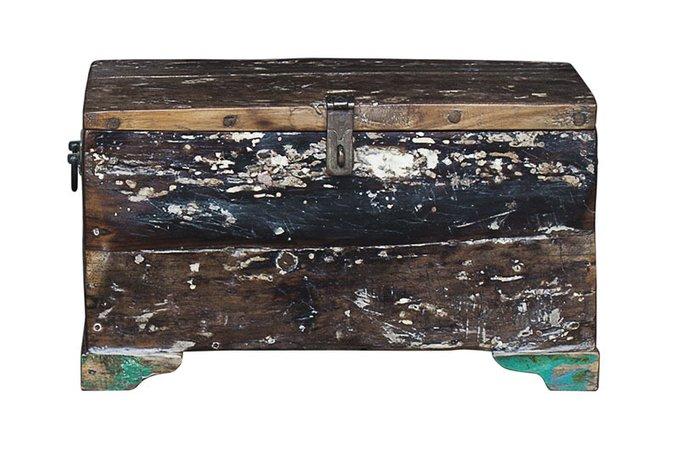 Сундук Гала из старой рыбацкой лодки