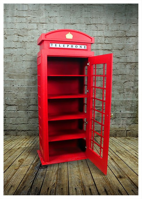Шкаф телефонная будка в английском стиле