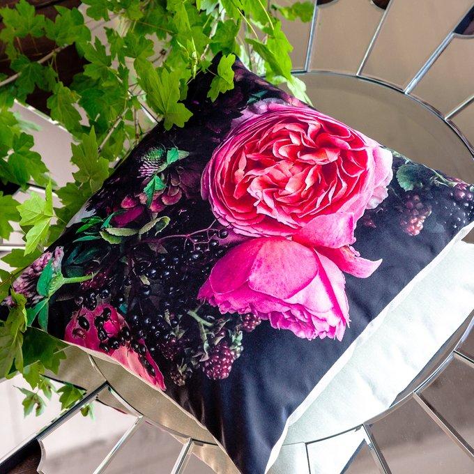 Декоративная подушка Camelia Rose с чехлом