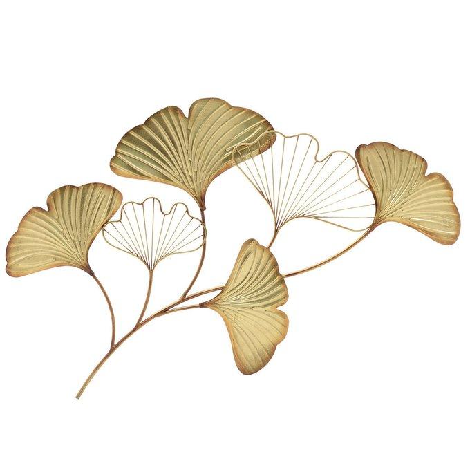 Декор настенный из металла золотого цвета
