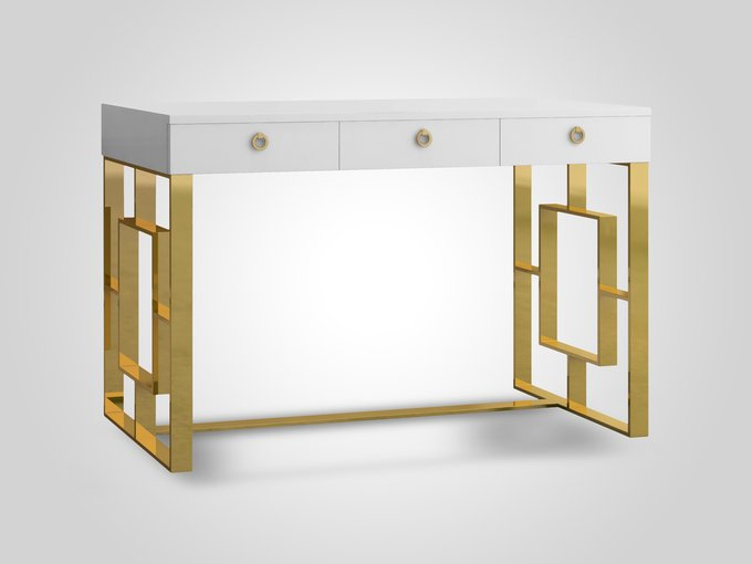 Стол письменный с тремя выдвижными ящиками