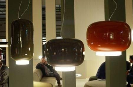 Подвесной светильник Foscarini CHOUCHIN выполнен из выдувного лакированного стекла