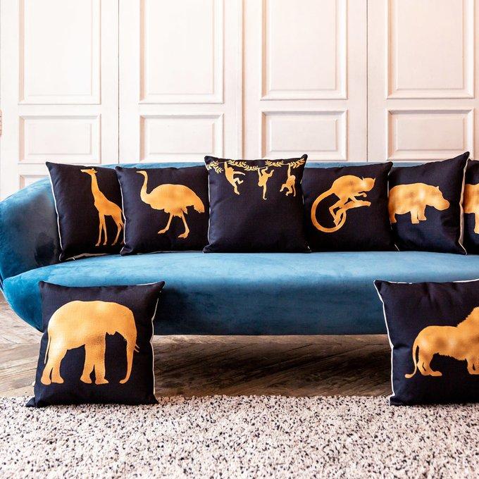 Интерьерная подушка Золотой жираф 45х45