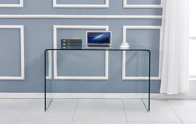 Письменный стол из гнутого стекла