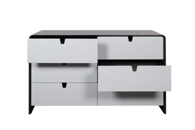 Комод с ящиками серого цвета