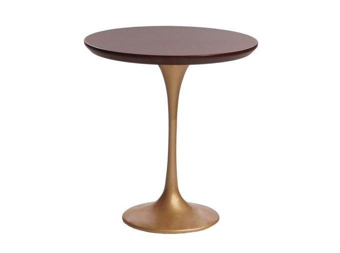 Кофейный стол Apriori T со столешницей цвета орех