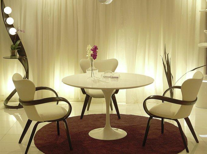 Обеденный стол Apriori T черного цвета