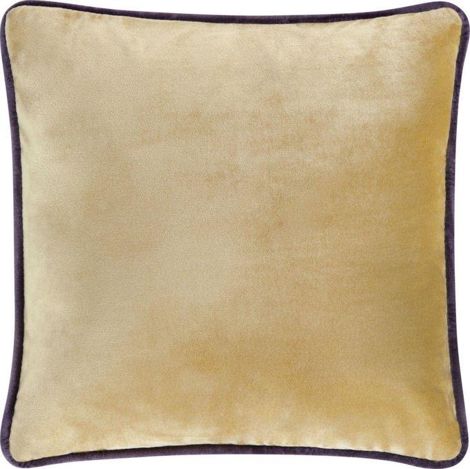 Подушка с чехлом из бежевой ткани