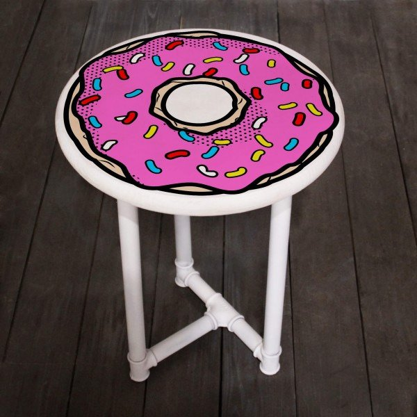 Прикроватный кофейный столик пончик бело-розового цвета