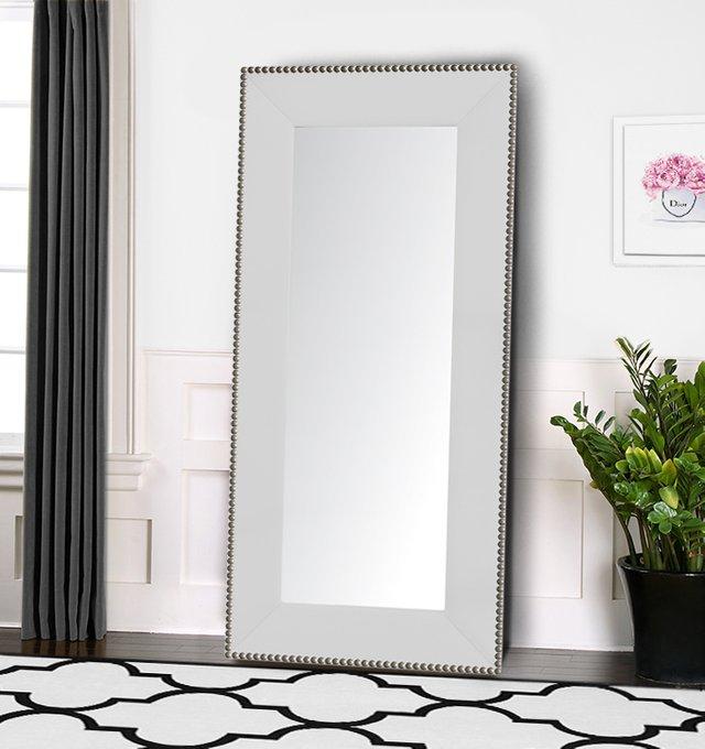 Зеркало напольное с гвоздиками