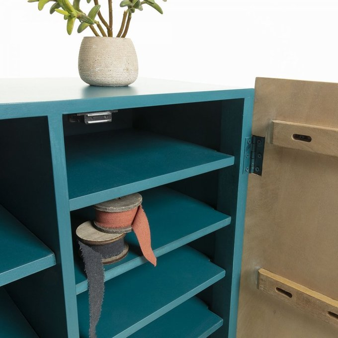 Книжный шкаф Saks из массива дерева манго