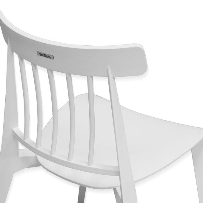 Стул обеденный белого цвета
