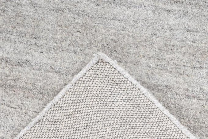 Однотонный ковер Natura серого цвета 120х170