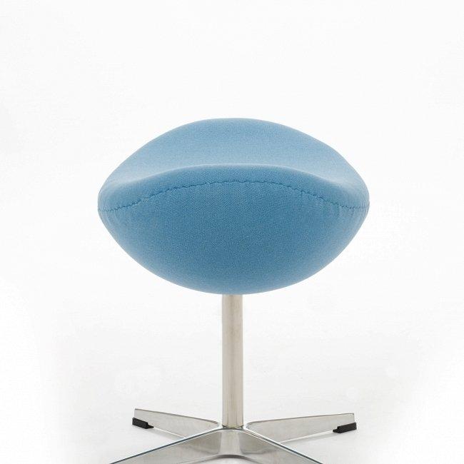 Пуф Egg голубого цвета