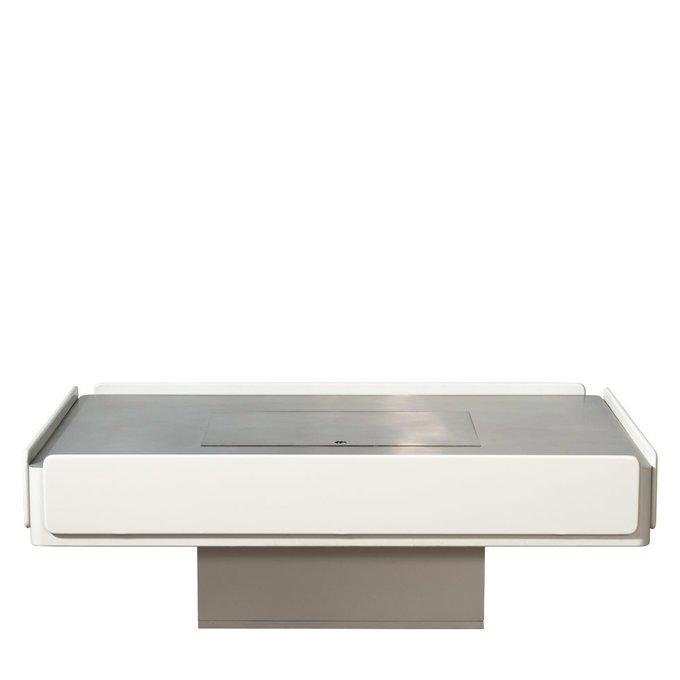 Декоративный столик Carre из массива