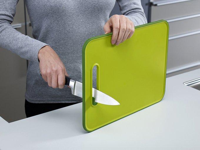 Доска разделочная с ножеточкой Joseph Joseph slice & sharpen™ зеленая