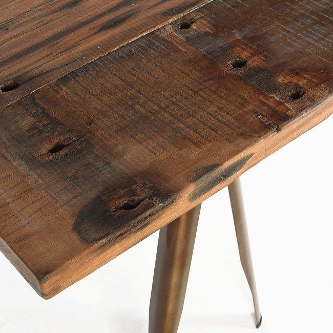 Стол обеденный Daphne со столешницей с искусственным старением