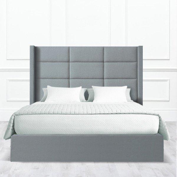 Кровать Corona из массива с обивкой серого цвета
