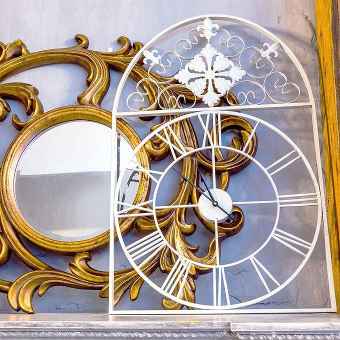 Часы Кружево небес белого цвета