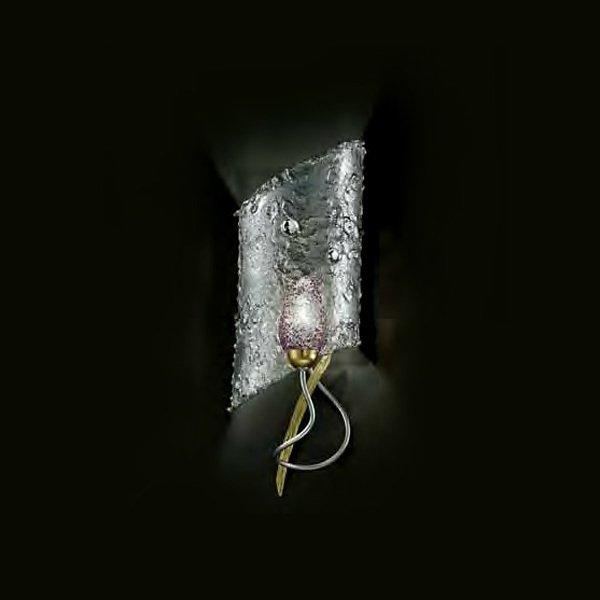 Настенный светильник MM Lampadari в виде стеклянного яйца с оригинальной отделкой