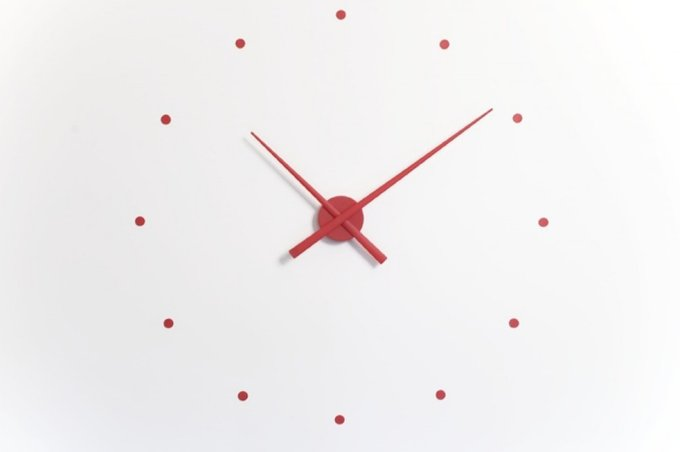 Настенные часы OJ Red красного цвета