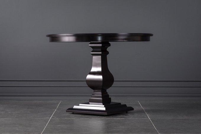 Стол обеденный с круглой столешницей