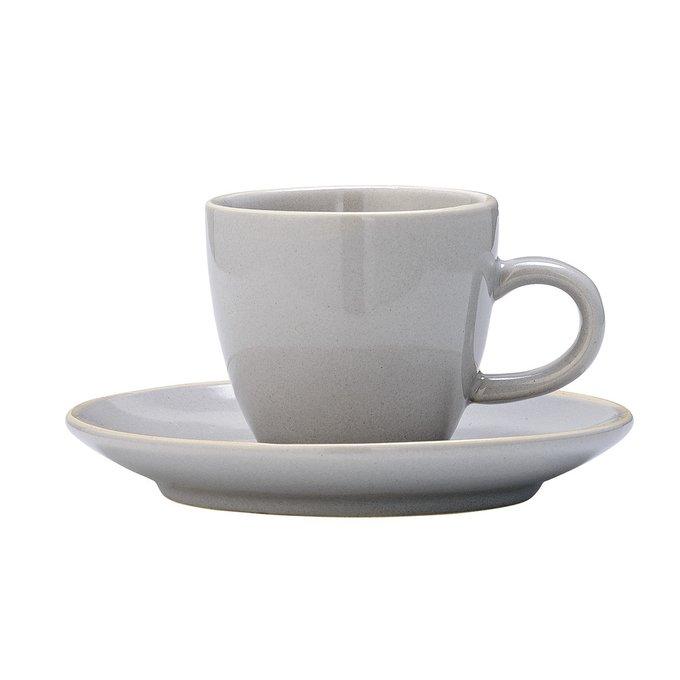 Серая чашка с блюдцем из керамики