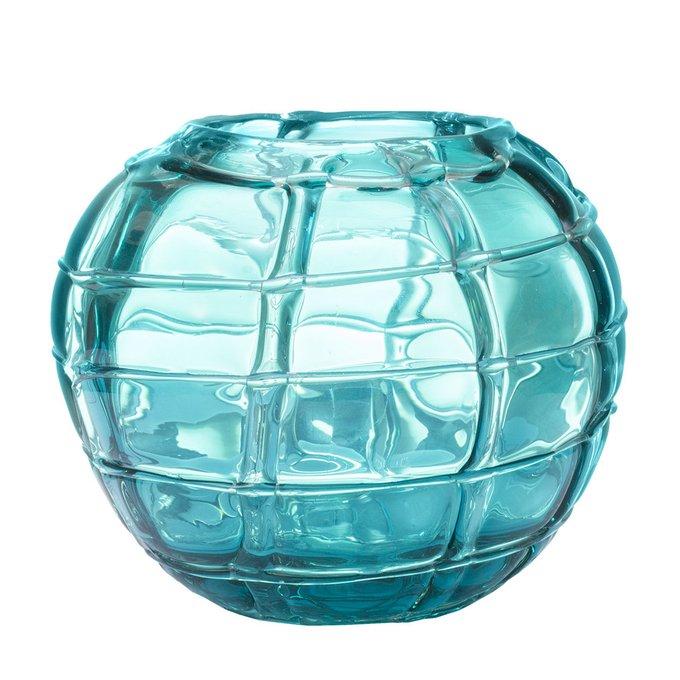 Стеклянная ваза голубого цвета