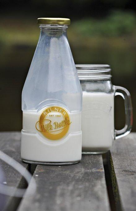 Бутылка для молока из стекла