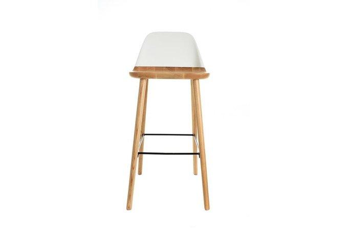 Барный стул со спинкой из высококачественного пластика