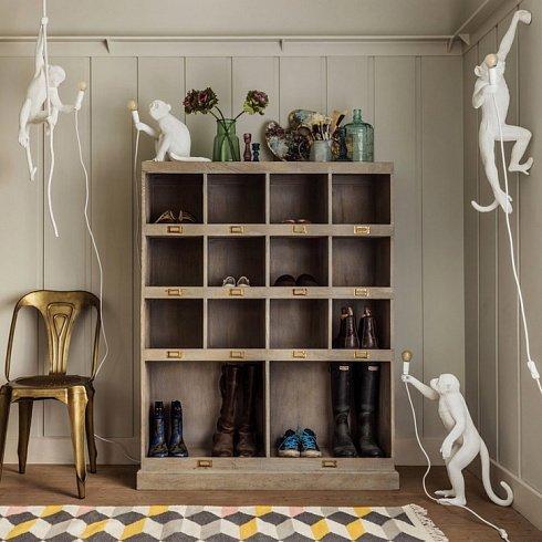 Настенный светильник Seletti Monkey Lamp Hanging Left белого цвета