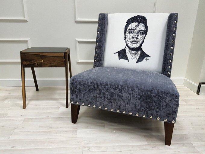 Кресло с каркасом и ножками из дуба