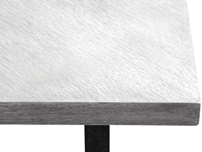 Деревянный обеденный стол Sesar