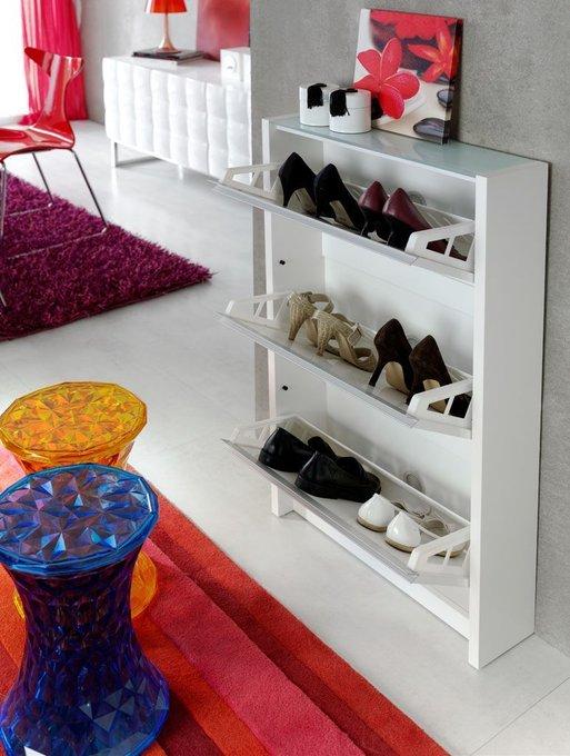Шкаф для обуви с тремя отделениями