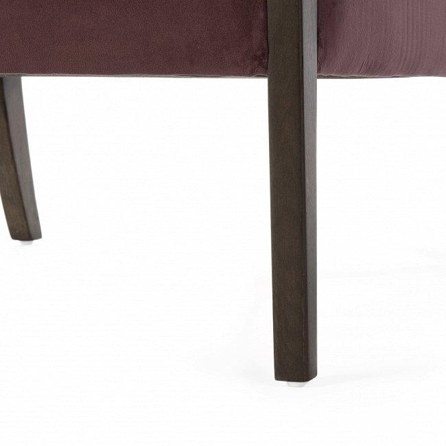 Кресло Kamila  Chair с ножками из массива дуба