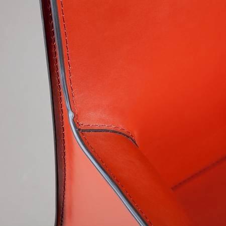 Стул с подлокотниками Barrie цвета ретро красный
