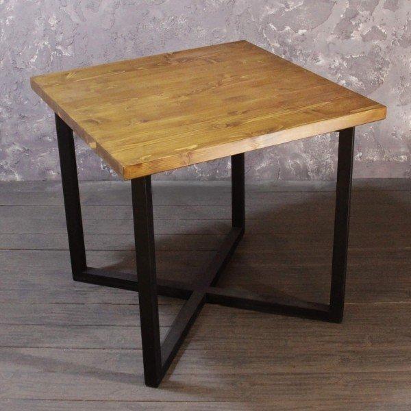 Обеденный стол Argon из массива сосны светлого цвета